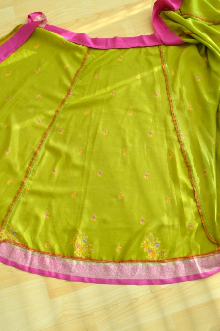 sari_skirt_panel